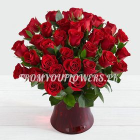 Deliver of Floral Fantasy on Birthday in Lahore - FromYouFlowers.pk