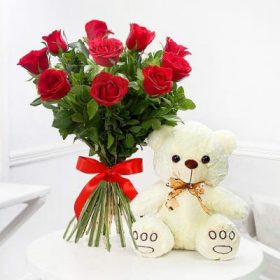 Delivery of Bunch of Love and Cuteness in Pakistan - FromYouFlowers.pk