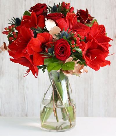 send of Beauty of Red in Pakistan - FromYouFlowers.pk