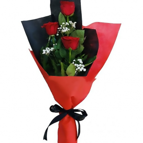 Red love - FromYouFlowers.pk