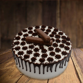 send Bounty Chocolate Cake in Pakistan - FromYouFlowers.pk