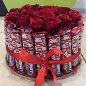 Delivery of Red Roses & Chocolates in Pakistan