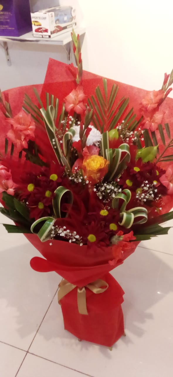Valentine Flowers Online Delivery - FromYouFlowers.pk
