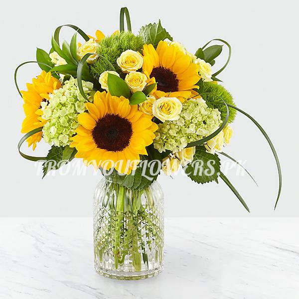 Sun flowers bouquet - FromYouFlowers.pk