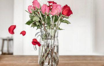 valentien's day flowers deals in Pakistan_FromYouFlowers.pk