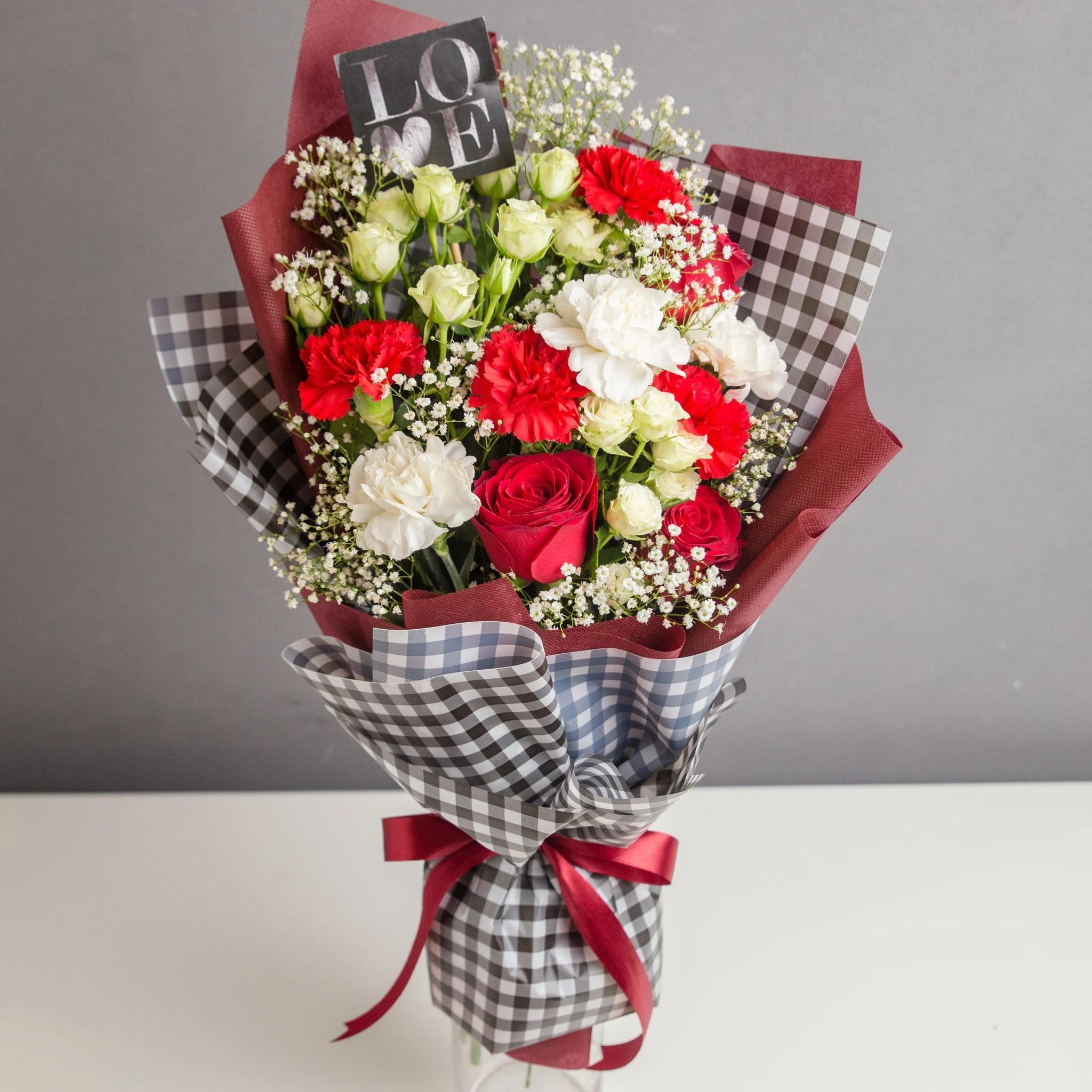 Send Flowers Online in Pakistan - FromYouFlowers.pk