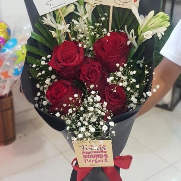 Flower Delivery Online Pakistan - FromYouFlowers.pk